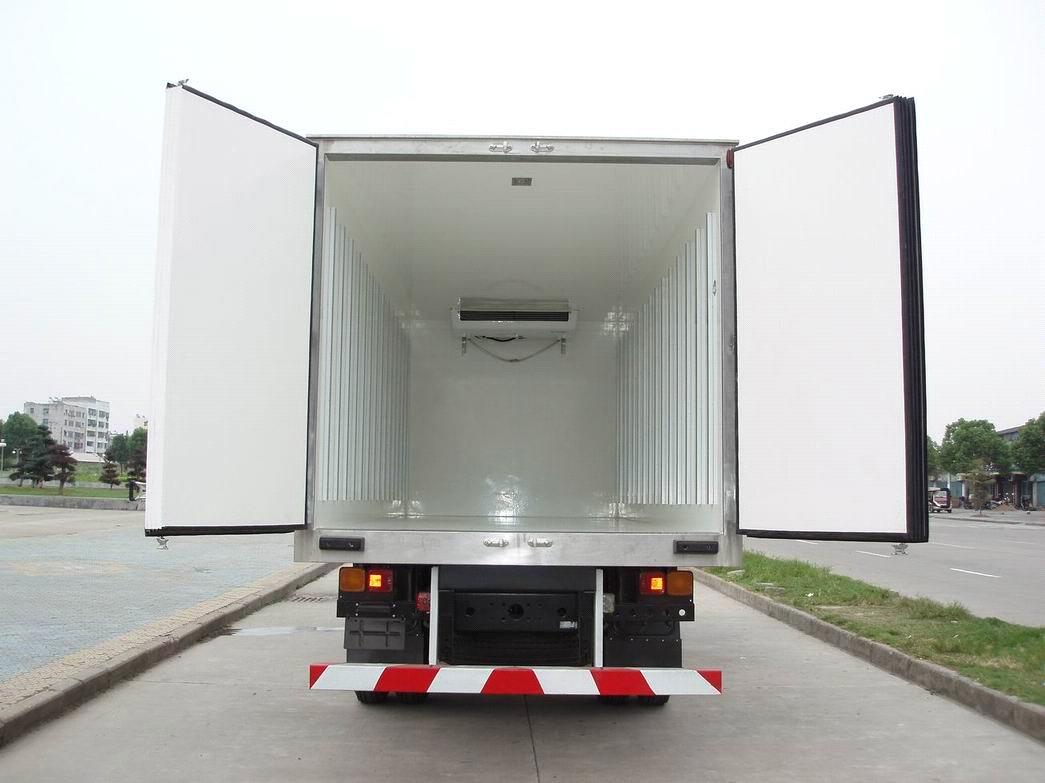 refrigerated-trucks-feature